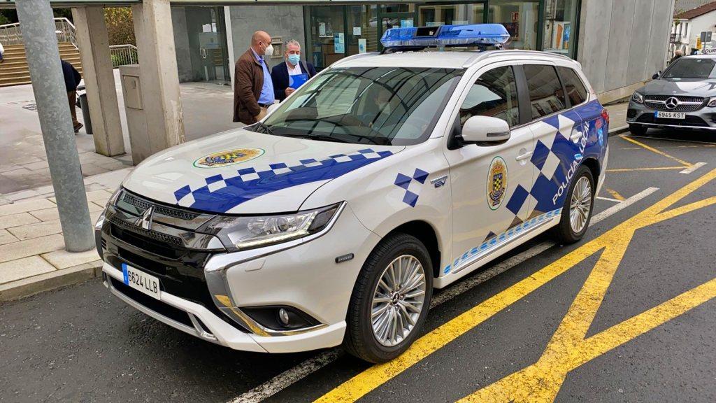 La Xunta apoya la adquisición de un vehículo para labores ambientales de la policía local del ayuntamiento de Ordes